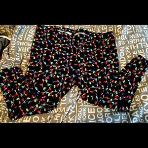 NWOT woman's Christmas leggings